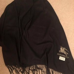 Burberry black cashmere scarf